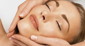 babor-ansiktsbehandling-kvinna